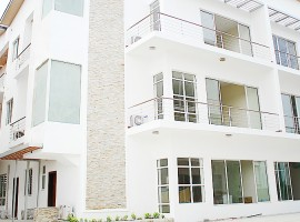 2 & 3 bedroom Luxury Apartment in Banana Island