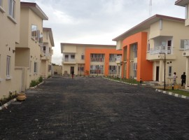 Serviced 4 bedroom Town house