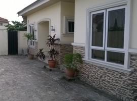 3 bedroom bungalow in Parkview
