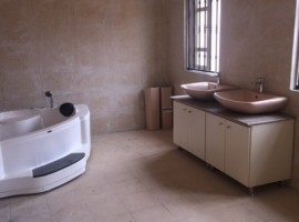 4 bedroom Town house with 1 bedroom service quarters