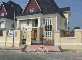 6 bedroom with one room bq and a space for swimming pool in Banana Island for sale.