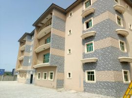 3 bedroom flat with bq