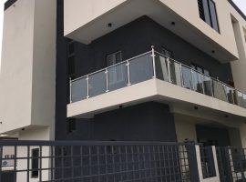 5 bedroom fully detached duplex