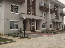 4 bedroom terrace with a room bq