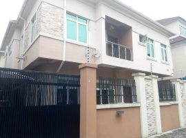 5 bedroom semi detached duplex
