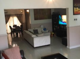 Well Furnished 3 Bedroom Flat All en-suite