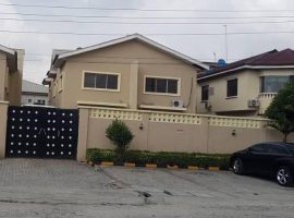 WELL BUILT 4 UNIT OF 4 BEDROOM WING DUPLEX(16 BEROOMS EN-SUITE)