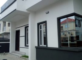 5 Bedroom Semi-detached Duplex With 1 Bedroom Service quarters