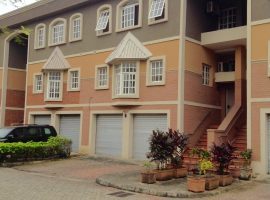 Waterfront4 bedroom luxury townhouse in ikoyi