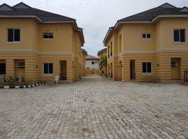 3 bedroom duplex for lease